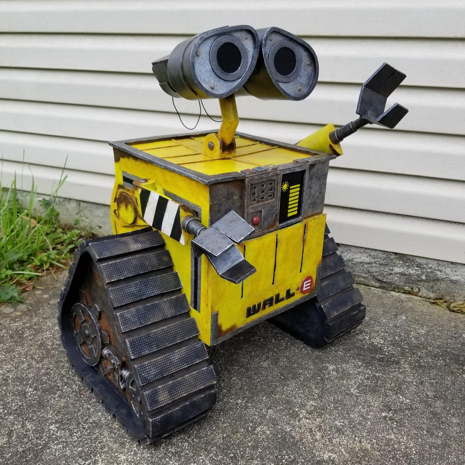 WALL-E made from craft foam